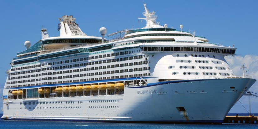 ROYAL CARIBBEAN CANCELS TRIP..INSTEAD SENDS HELP TO PUERTORICO