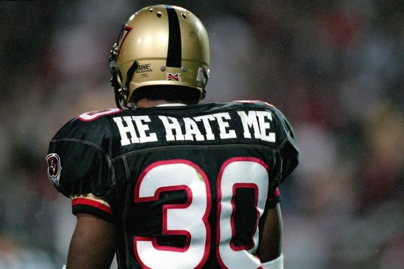 VINCE MCMAHON SET TO GIVE XFL ANOTHER TRY?