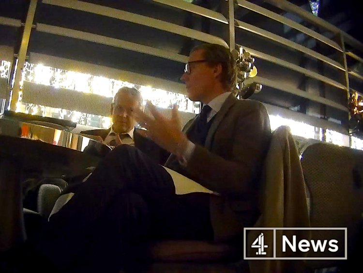 CHANNEL 4 NEWS INVESTIGATION EXPOSES CAMBRIDGE ANALYTICA'S DIRTY DEEDS AND TACTICS (VIDEO)