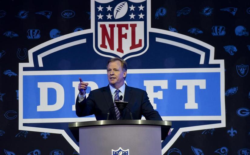 2018 NFL DRAFT FIRST ROUND PICKS: LAMAR JACKSON GOES AT #32. GOOD OR BAD THING FORHIM?