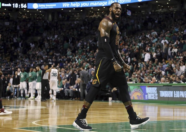 """THE KING IS ALWAYS GONNA BE THE KING."" LEBRON JAMES LED CAVS ELIMINATE CELTICS IN GAME-7"