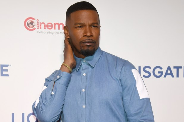 """JAMIE FOXX ADAMANTLY DENIES REPORTS HE """"PENIS SLAPPED"""" A WOMAN IN2002"""