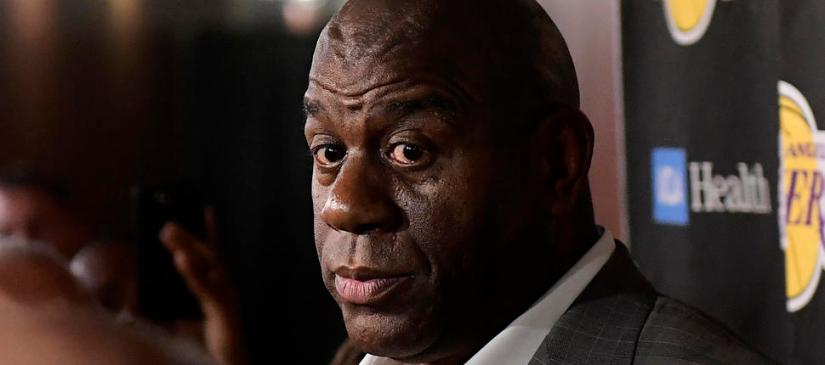MAGIC JOHNSON UNEXPECTEDLY STEPS DOWN AS LAKERS' PRESIDENT OF BASKETBALL OPERATIONS (VIDEO)