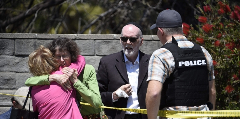 DOMESTIC TERRORIST SUSPECT IN POWAY SYNAGOGUE SHOOTING LINKED TO ARSON ATMOSQUE